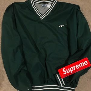 Clean Reebok pullover great condition!